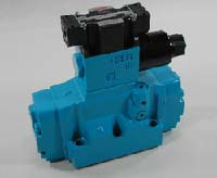 DSS Type Solenoid Controlled Pilot Operated Directional Valve Image